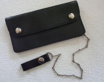 Vintage Men Black Leather Wallet with Chain and Snaps - 3 Compartments, 1 with Zipper - Great Condition