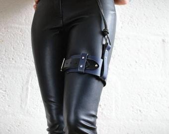 Unisex Leather Garter Belt - Blue/Black - steampunk - burning man - festivals - apocalypse - mad max, Please read Description for size