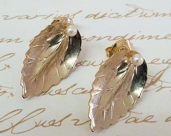 SALE - Women's Gift, Bridesmaid Earrings, Wedding Jewelry, Gold Leaf Bridal Earrings, Delicate Earrings, Engagement Earrings