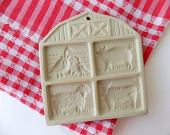 Polymer Clay Cookie Mold. The Pampered Chef Farmyard Friends. Vintage Kitchen Bakeware. Craft Supplies. Country Farmhouse Wall Decor.