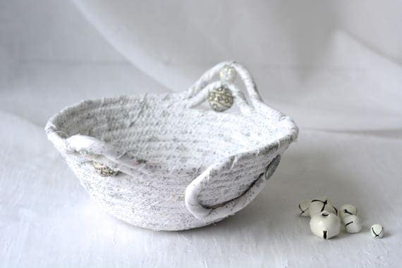 Christmas Candy Bowl, Silver Holiday Basket, Handmade White Winter Decoration, Silver Trinket Basket, Ring Holder Basket, Key Holder