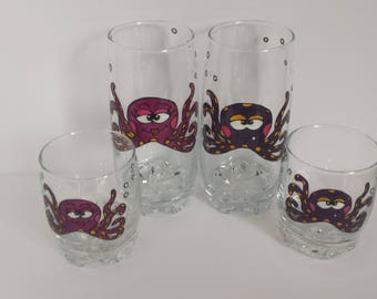 Funny Octopuss handpainted on juice glass (two different sizes of glass possible)