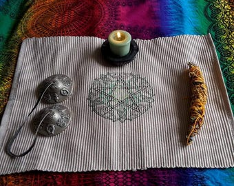 UK, Wiccan, Pagan altar cloth, Knotwork Pentacle sacred space, empowerment, magickal