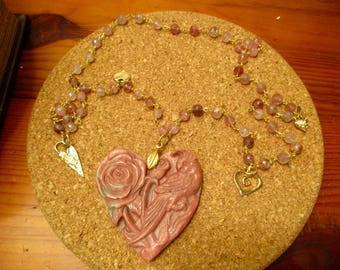Divine RHODONITE Hand-Carved HEART-Shaped Pendant w/Carved Rose & BIRD on Strawberry Quartz Rosary Chain w/4 Gold/Bronze Heart Charms