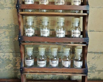 Vintage Clear Glass Spice Jars in Wood Rack / Apothecary Jars with Stoppers / Craft Storage Jars / Wood Spice Rack and Jars