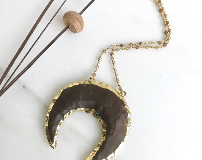 Simple Large Crescent Stone Beaded Necklace.  Crescent Moon Boho Necklace. Unique Gold Necklace. Layering Necklace. Jewelry Gift. Crescent.
