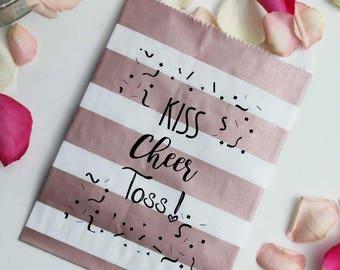 GLAM SALE Wedding Petal Toss Bag - Kiss Cheer Toss - Metallic Paper Favor Bags - 25 Bags