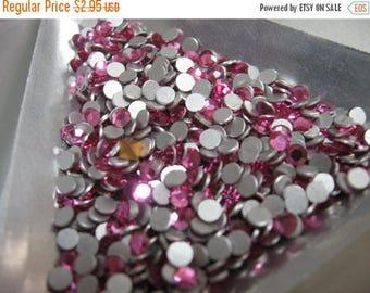 SPECIAL Vintage Swarovski Rose Flatback Rhinestones Article 2000 ss12 pp24 3-3.20mm QTY - 36