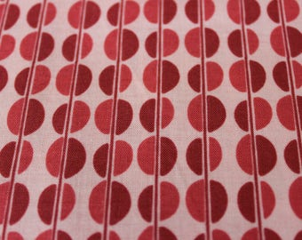 Rose Pink and Magenta Circle Cotton Fabric by Riley Blake, Aprons, clutch purses, Circle skirts, dresses, tablet covers,