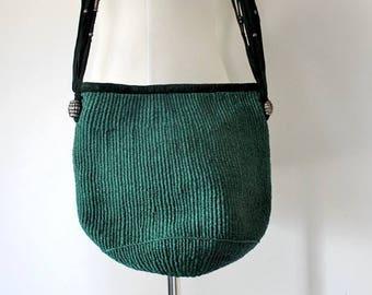ON SALE Vintage 1970s Small Green Market Shoulder Bag