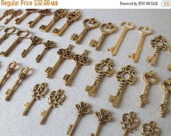 ON SALE Gold Skeleton Keys 76 Antiqued Vintage Key Charms Antique Gold Skeleton Key Skeleton Key Charms Gold Wedding Favors - Keys To The Ki