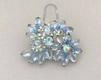 Summer Flower Rhinestone Brooch for Her - Blue Rhinestone Flower Brooch Pin - Vintage Rhinestone Brooch Gift for Mom - Floral Jewelry Pin
