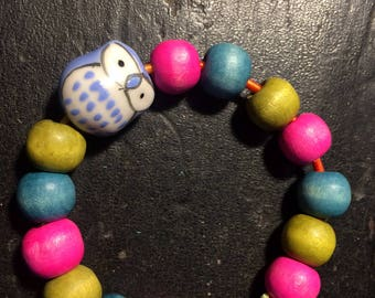 Owl bracelet stretchy with wooden beads for kids
