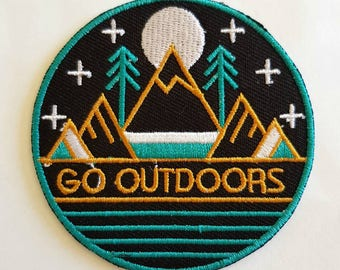 1pc Mountain Travel Patch Go Outdoors Slogan Embroidered Applique Patch. Iron On or Sew On Badges for T-shirts, Jeans, Shirts 7cm