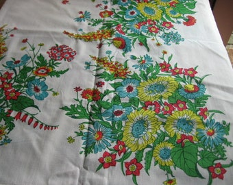 Vintage Rectangular Tablecloth with Sprays of Gorgeous Flowers