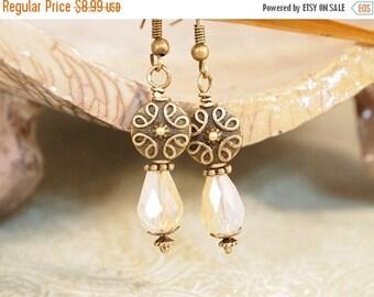 CIJ Old Hollywood Drop Earrings, Vintage Style Pearl Drop Earrings, Brass Dangle Earrings, Pierced or Clip-on Earrings.  Handmade Earrings.