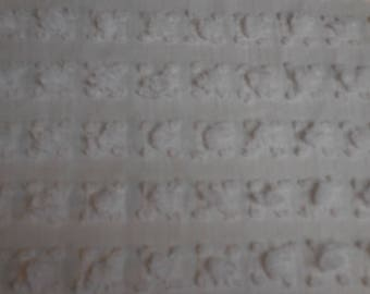 "Beautiful and RARE Vantona White ROSEBUDS Vintage Chenille Bedspread Fabric - Made in Great Britain - 24"" X 35+"""