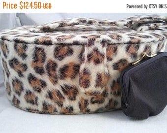 On Sale 1960's Vintage Leopard Faux Fur Handbag By Garay & Coin Purse * Retro Rockabilly Mid Century Bag * Old Hollywood Regency Glamour