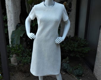 Clearance Vintage 1970's White Textured Dress with Navy Blue Piping  - Size 12