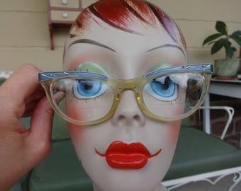 Vintage women's eyewear cat eye Shuron USA 1950's blue prescription glasses 5 1/2 hipster optical rockabilly retro