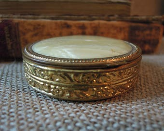 Aunt Mollie's Very Vintage Faux Mother of Pearl Mirrored Powder Compact / Powder Puff