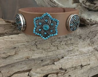 LEATHER SNAP BRACELET, 18mm Antique Silver/Turquoise Snaps x 3 (included), Light Brown Leather Snap Bracelet, Adjusts to 2 sizes, 18mm Snaps