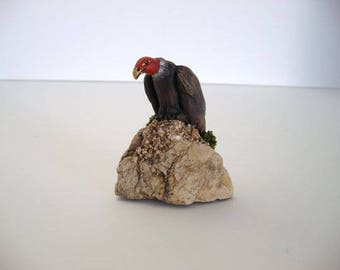 Vulture, miniature ceramic vulture