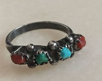 Vintage Early Native American Zuni or Navajo Southwest Turquoise Coral Stone Ring Size 6