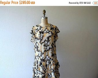 25% SALE Vintage 1920s dress . 20s garden party dress
