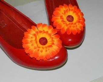Fabric flower shoe clips, Gerbera shoe clips, orange shoe clips, fabric shoe clips, party shoes accessory, fabric gerbera, Shoe clips