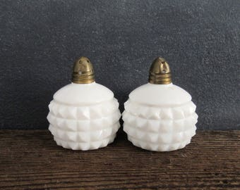 Small Milk Salt and Pepper, Diamond Square Pattern Milk Glass, Vintage Farmhouse, FREE SHIPPING