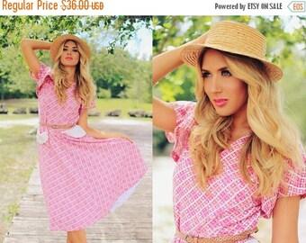FLASH SALE Vintage 40s Spring Dress Pink Atomic Print Pocket