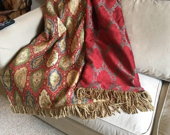 Tapestry Throw Blanket, Royal Red Medallions, Castle Ready, Plush Luxurious Wall Hanging, Throw Rug, Windsor Red Bedding,Regal Majesty Decor