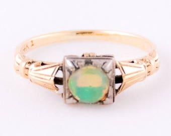 Vintage 14K Opal Ring size 6