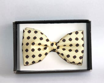 Vintage pure silk dickie bow. Adjustable size Pure silk bow tie