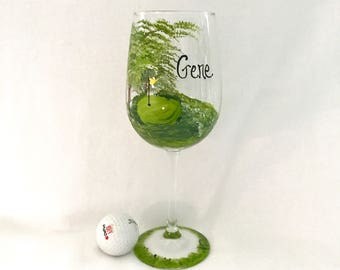 Free shipping Golfers hand painted  personalizable wine glass
