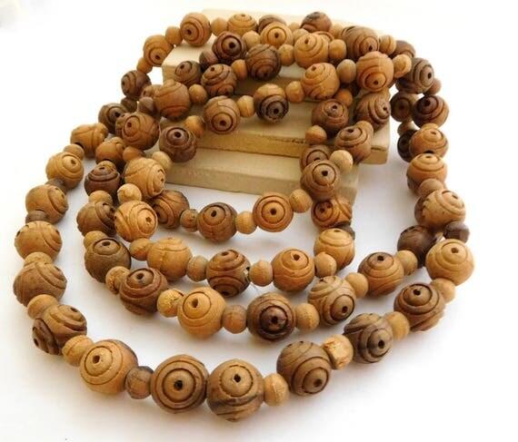 Vintage Long Boho Tribal Carved Brown Wood Bead Necklace F44