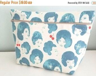 MEMORIAL DAY SALE Blue Makeup Bag - Modern Makeup Bag - Bridesmaid Gift  -  Cosmetic Bag - Waterproof Bag - Melody Miller Fabric