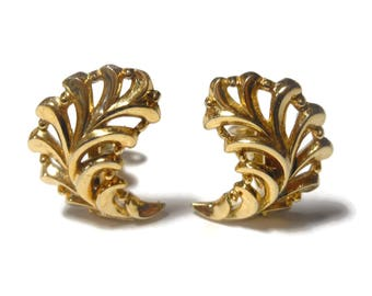 Crown Trifari earrings, 1950s early 60s leaf, gold clip earrings, glossy finish