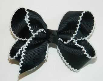 Black & White Large Moonstitch Hair Bow - Moonstitch Hair Bow, Black Hair Bow, Black and White Hair Bow, Halloween Hair Bow, Halloween