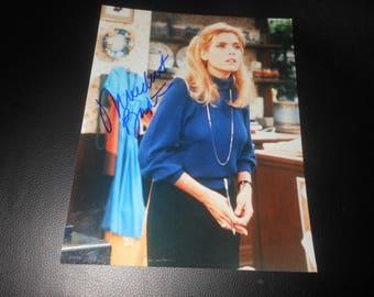 signed Meredith Baxter 8x10 photo - Family Ties - actress autograph