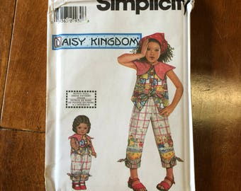 Daisy Kingdom Pattern / Childs Pantsuit Pattern  / Play Clothes Pattern / Girls Play Suit Pattern / Simplicity 9734