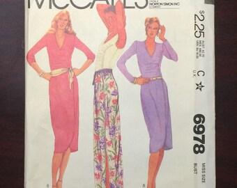 Skirt Pattern / Wrap Skirt Pattern / Pull On Blouse Pattern / Vintage Skirt Pattern / Knit Skirt Pattern / Knit Top Pattern / McCalls 6978