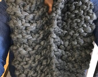 Super chunky knit infinity scarf in charcoal