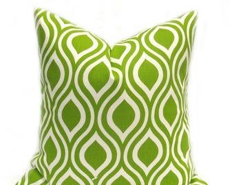 15% Off Sale Throw pillows, Green Pillow,  Green Pillow Cover, Decorative Pillow , Green Cushion Cover, Pillows , lime green pillow , green