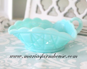 TRIANGLE BOWL, Vintage Aqua/Turquoise Blue Triangle Milk Glass Bowl with Handle, Cndy Bowl, High Tea Party/Vanity Decor