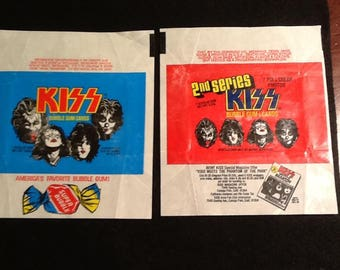 Vintage 1978 Donruss Aucoin KISS Series 1&2 Wrapper Lot (2) Gene Paul Peter Ace