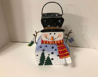 Vintage metal snowman tea light holder, about 8 inches tall (BR)