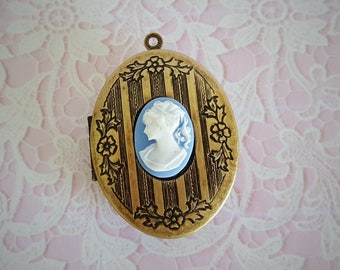 "Ready to Fill (Empty) Solid Perfume Locket - ""Marianne""  SKU 1548"