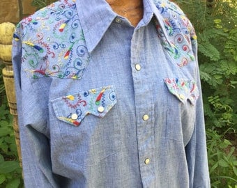 70s Embroidered Chambray western pearl snap shirt, Dee Cee
